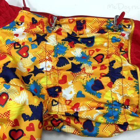 """Комбинезон-дождевик для собак """"Желтые звезды с красным"""". Осень-весна."""